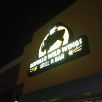 Photo taken at Buffalo Wild Wings by sneakerpimp on 3/14/2012