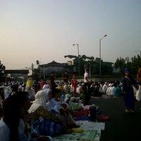 Photo taken at Pasar Senen by Permita Etzhasari D. on 8/18/2012