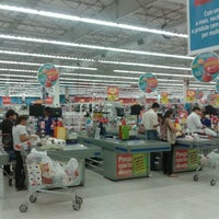 Photo taken at Extra by Lamartine V. on 8/30/2012