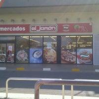 Photo taken at Supermercado El Jamón by Marco Antonio on 2/29/2012