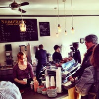 Photo taken at Stumptown Coffee Roasters by Rudolph v. on 2/5/2012