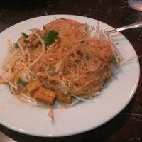 Photo taken at King of Thai Noodle by Nobuya S. on 6/30/2012