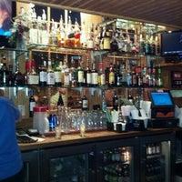 Photo taken at Uno Pizzeria & Grill - Birch Run by Robert O. on 6/26/2012