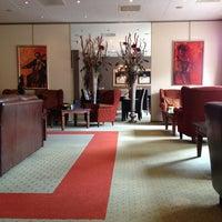 Photo taken at Bilderberg Hotel De Keizerskroon by Alejandro G. on 6/10/2012