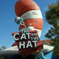 Photo taken at The Cat in the Hat by Keoni H. on 2/21/2012