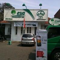 Photo taken at Gerai esia by Sunjaya H. on 7/18/2012