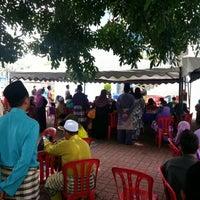 Photo taken at Masjid Al Rahimah Kuala Kubu Bharu by Mohd K. on 8/25/2012