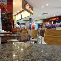 Photo taken at Star Chicken by Tassio L. on 5/11/2012