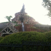 Photo taken at Splash Mountain by Makensy S. on 6/10/2012