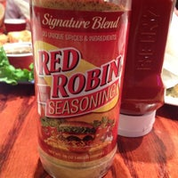 Photo taken at Red Robin Gourmet Burgers by Sarah E. on 2/12/2012