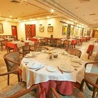 Photo taken at Restaurante Marrua by Waldemir P. on 6/27/2012
