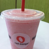 Photo taken at Red Mango by Alex D. on 7/19/2012