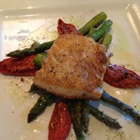 Photo taken at 89 Fish & Grill by Richard S. on 8/7/2012