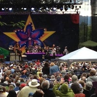 Photo taken at Edgefield Concerts On The Lawn by Tom P. on 7/16/2012