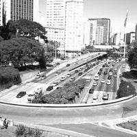 Photo taken at Viaduto do Chá by Bruno Folli on 8/4/2012