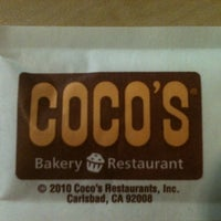 Photo taken at Coco's Bakery Restaurant by Chrystal on 8/20/2012