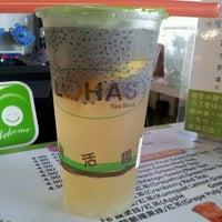 Photo taken at Lohas Tea Shop (Bubble Milk Tea) by Kyra K. on 7/26/2012