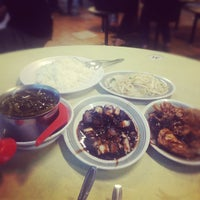 Photo taken at Boon Lay Place Market & Food Centre by Leo Y. on 9/2/2012