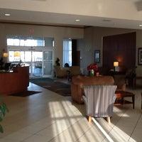 Photo taken at Holiday Inn Aurora North- Naperville by Rex M. on 7/17/2012