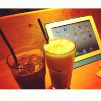 Photo taken at Episode #3 by Jieun G. on 5/27/2012