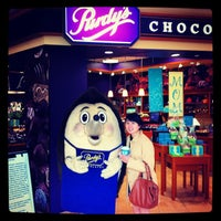 Photo taken at Purdys Chocolatier by Hery H. on 4/29/2012