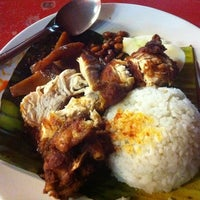 Photo taken at Nasi Lemak Famous by Cindrellas S. on 2/15/2012