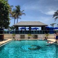 Photo taken at Jupiter Beach Resort & Spa by Sarah . on 7/3/2012