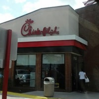 Photo taken at Chick-fil-A by Jeri D. on 8/1/2012