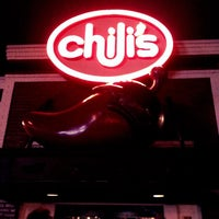 Photo taken at Chili's Grill & Bar by Molina R. on 5/8/2012