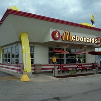 Photo taken at McDonald's by Kelly G W. on 9/1/2012