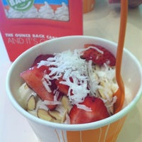 Photo taken at Orange Leaf Frozen Yogurt by Ashley T. on 2/26/2012