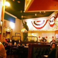 Photo taken at Farrell's Ice Cream Parlour by Desmond on 6/9/2012