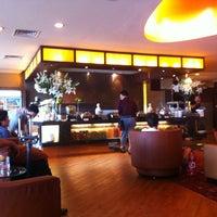 Photo taken at BNI Executive Lounge by RIZAMI ICHWAN L. on 7/16/2012
