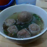 Photo taken at Bakso Jawir by Elke N. on 4/21/2012