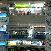 Photo taken at Jogjatronik by Erliansyah E. on 7/12/2012