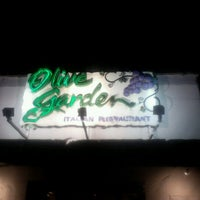 Photo taken at Olive Garden by Alison H. on 5/2/2012