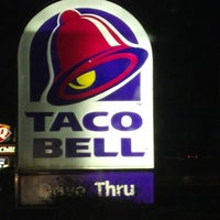 Photo taken at Taco Bell by Tommy T. on 9/13/2012