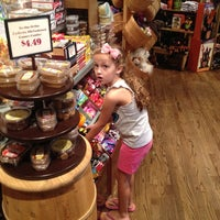 Photo taken at Cracker Barrel Old Country Store by Bill F. on 8/19/2012