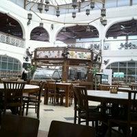 Photo taken at Al Rawsha Restaurant by Zulkifli N. on 3/10/2012