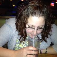 Photo taken at Applebee's by Nissa T. on 4/14/2012
