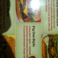 Photo taken at Red Robin Gourmet Burgers by Mark K. on 8/26/2012