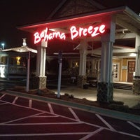 Photo taken at Bahama Breeze by Tere M. on 3/5/2012