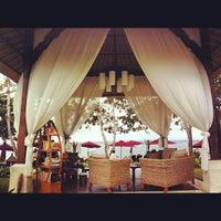 Photo taken at The Laguna, a Luxury Collection Resort & Spa, Nusa Dua, Bali by Александр M. on 7/13/2012