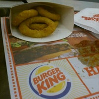 Photo taken at Burger King by Xcholox J. on 5/17/2012