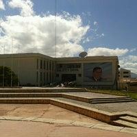 Photo taken at Biblioteca Central UNSAAC by Edyxon F. on 9/10/2012