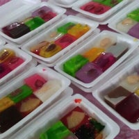 Photo taken at Bazar Ramadhan,Kamunting,Perak. by معال محمد on 8/15/2012
