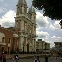 Photo taken at Parque de Bello by LeXo M. on 8/29/2012