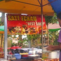 Photo taken at Sate Echam by Alyna Z. on 5/28/2012