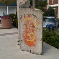 Photo taken at Berlin Wall by Ana Beatriz O. on 8/28/2012