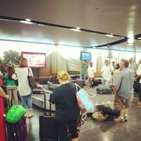 Photo taken at Baggage Claim 1 by Aaron E. on 6/24/2012